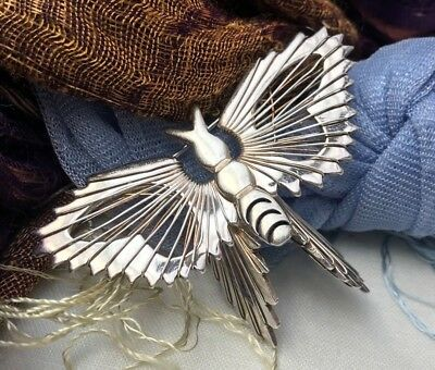 Vintage Striking Sterling Silver Signed Butterfly Wire Filagree Mexico Brooch