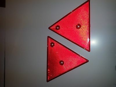 2 x Red Triangle rear reflectors trailer horsebox gatepost