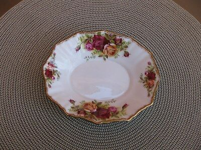 ROYAL ALBERT OLD COUNTRY ROSES OVAL SWEET DISH BONE CHINA MADE IN ENGLAND