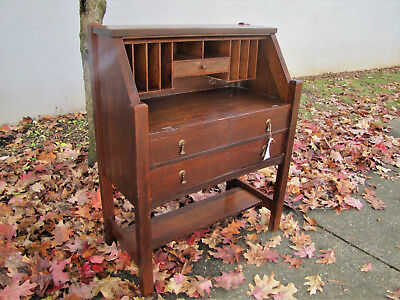 Antique Arts & Crafts Desk   inv5106