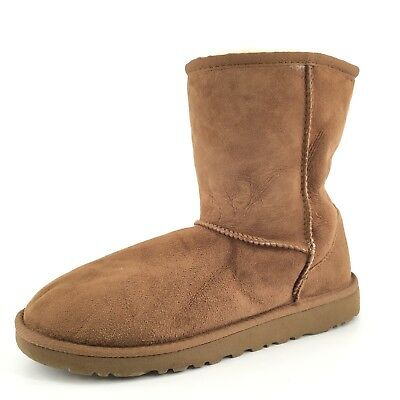 9bcdd215fc4 YOUTH GIRL'S UGG Australia Classic Short Boots - Chestnut - Size 2 ...