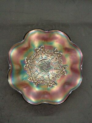 """Northwood """"Amethyst Carnival Glass Footed """"Star of David and Bows"""" Bowl 8"""""""