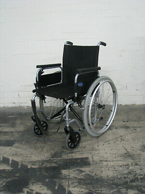 Invacare Manual Foldable Wheelchair