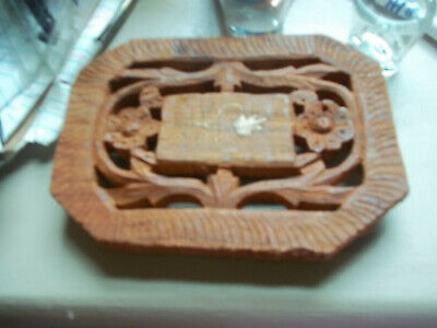 vintage wood trivit hand carved India 27 brass flower in center footed 4 1/2 x 6