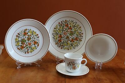 Vintage Corelle by Corning Indian Summer Set of Eight Coffee Cups Mugs Excellent