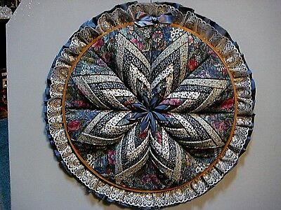 Nice Wood Embroidery Hoop With Star Quilt