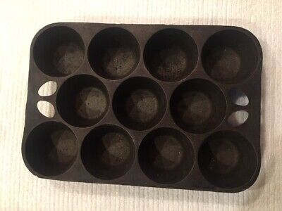 Vintage Popover Muffin Pan, 11 Cup Cast Iron