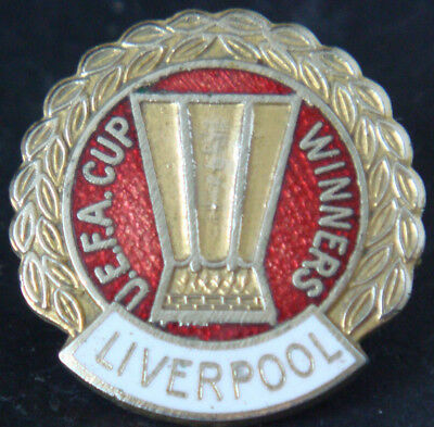 LIVERPOOL Rare UEFA CUP WINNERS badge Maker COFFER N'ton Brooch pin 25mm x 26mm