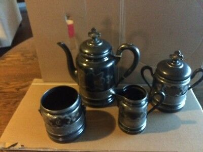 Antique Wilcox Silverplate Co. Quadruple 4 Piece Coffee Set