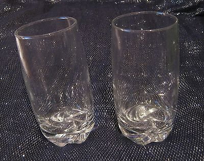 2x lovely hi-ball style 1/2 pint glasses with nice sqirl design on the base