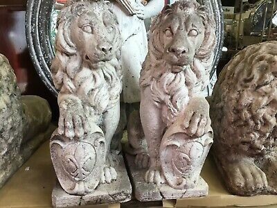 VINTAGE CONCRETE GARDEN ORNAMENT LION Med HEAVY FRONT BACKYARD OLD PAIR