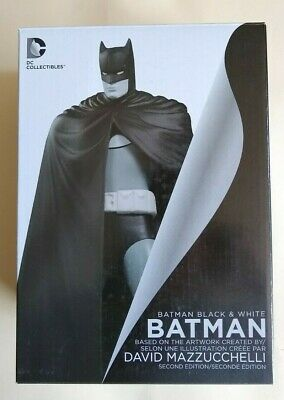 Black /& White by Dave Mazzucchelli 2nd Edition Resin Statue Dc Direct BATMAN