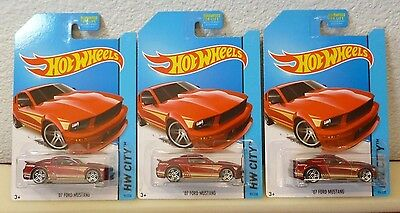 LOT of 3 - 2014 HOT WHEELS - '07 FORD MUSTANG #95