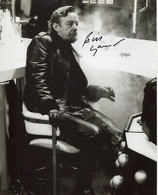 Actor William Gaunt signed DOCTOR WHO 8x10 scene photo - UACC DEALER