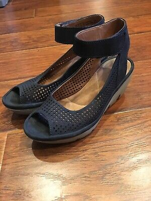 35f7648dad8 Clarks Womens Reedly Salene Navy Perforated Wedge Sandals Shoes Sz 6MEUC