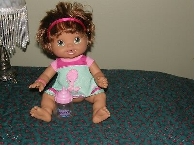2010 Baby Alive Doll Wets N Wiggles Hispanic Brunette Works Hasbro