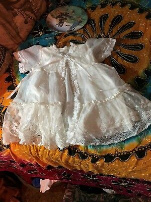 GOLDEN AGE CALIFORNIA USA Vintage Adorable Lace Christening Gown