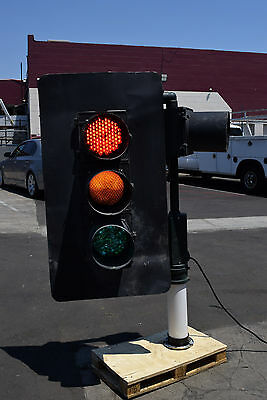 "8"" Aluminum 4 Red Yellow Green LED Traffic Signal Light + Stand 120V 1Ph Works"