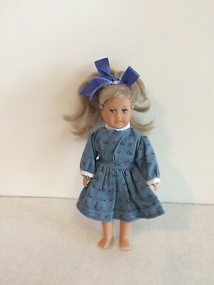 "AMERICAN GIRL MINI 6"" DOLL Kit with outfit, American Girl Mini"