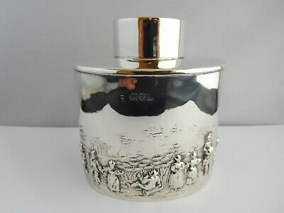 Very Nice Quality Edwardian Solid Silver Tea Caddy - Chester 1904