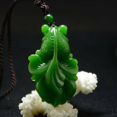 Chinese Hand Carved 100 Natural Nephrite Green Jade Goldfish Pendant Necklace