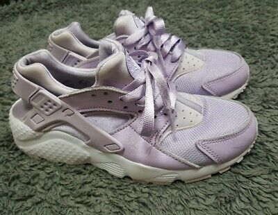 6ac777bbc9 Older Girls Violet Lilac Nike Huarache trainers size 3 fit 2.5 or 2 ☆