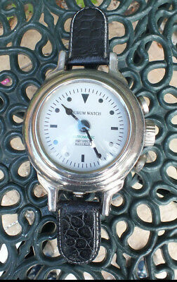 Quorum Vintage Novelty Clock Shaped Like Watch. Tested. Working.