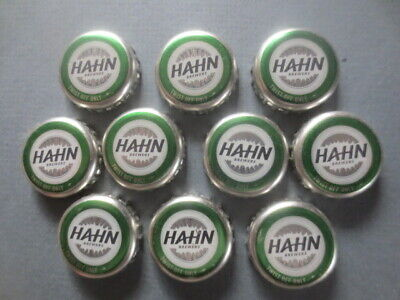 """10 Q & A  HAHN """" Brewers """" collectable BOTTLE TOPS"""