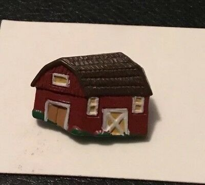 """Vintage 1"""" Realistic Novelty Figural Plastic  Red Barn House Buttons"""