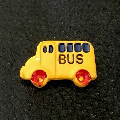 "Vintage 3/4"" JHB Realistic Novelty Figural Metal Yellow School Bus  🚌  Button"