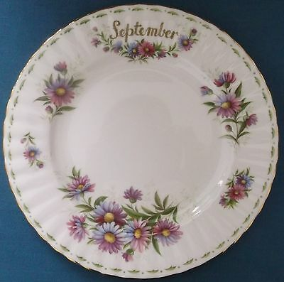 VINTAGE ROYAL ALBERT FLOWER OF THE MONTH SEPTEMBER PLATE 21cm CHINA MADE ENGLAND