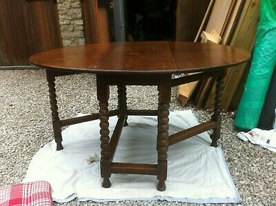 17Th Century Solid Oak Gateleg Table With Bobbin Turned Legs & Period Charm
