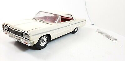 Vintage 1:25 AMT 1964 Chevy Impala SS Built Up Model Kit