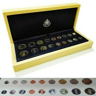 Revolving Coin Set Rama 10 grade with leather box Thailand Treasury Department X