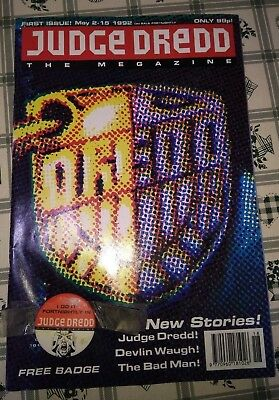 Judge Dredd The Megazine First Issue May 2-15 1992 with badge