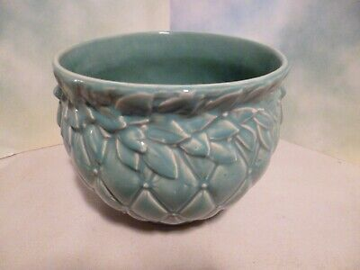 BASKETBALL-SIZED McCOY QUILTED WITH BOW HANDLES JARDINIERE PLANTER POT