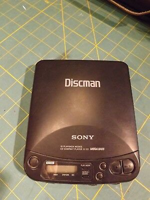 Sony Discman D-121 Classic Design Mega Bass Tested Works Vintage