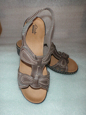 d34dd11575ce Clarks Collection Lexi Walnut Brown Adjustable Wedge Heel Sandal Womens  Size 11M