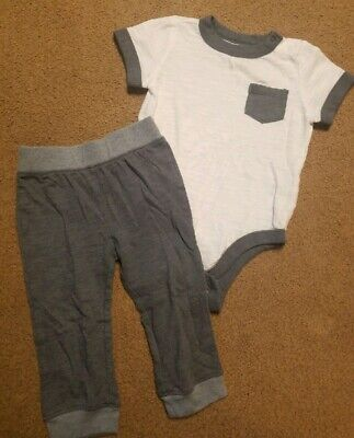 Baby Boy Old Navy Outfit Size 12-18 months