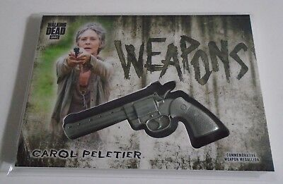 The Walking Dead Hunters & Hunted Carol Peletier Revolver Weapon Medallion Card