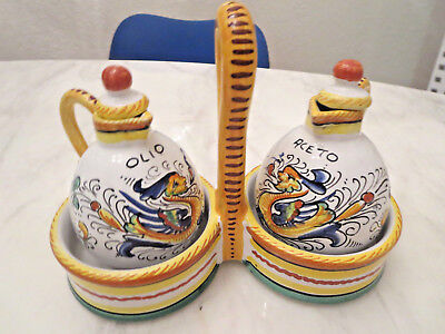 DERUTA Hand Painted Italian Art Pottery Ceramic RAFFAELLESCO Oil & Vinegar Set