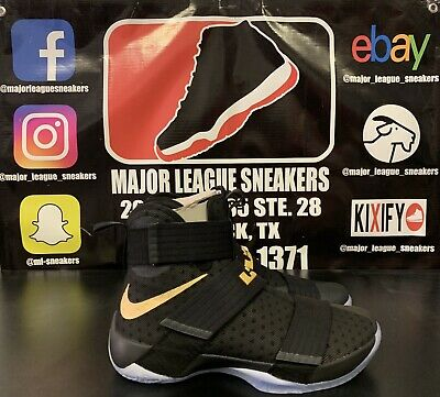save off 0bbd7 2be41 DS Lebron Zoom Soldier 10 Black Gold (NikeID) Size 10