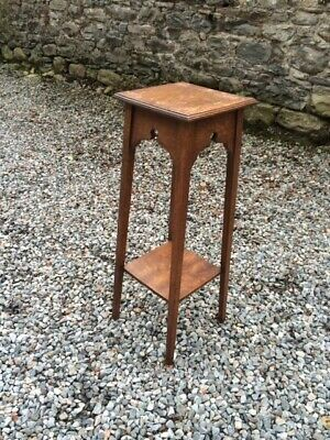 1930's Vintage Oak Arts and Crafts Style Plant Stand