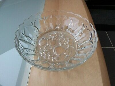 Large Heavy  Decorative Clear Glass Fruit / Display Bowl Fruit Design