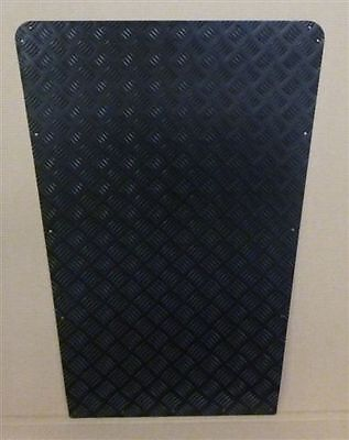 LAND ROVER DEFENDER 90/110 BLACK CHEQUER BONNET PROTECTOR - HEAVY DUTY 3mm!