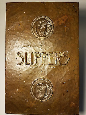 c.1905 ARTS & CRAFTS SLIPPER BOX W/ BRASS COPPER WARMER KETTLE LIZARD MOTIF