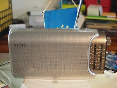 sony ICF-904L Analogue Portable Radio Tuner