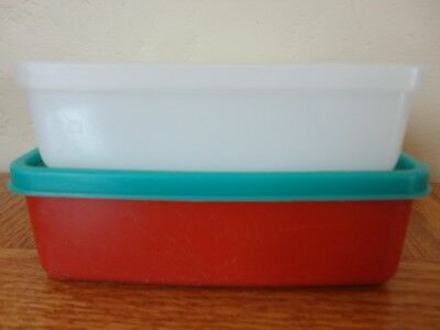 Lot of 2 TUPPERWARE Square Sandwich Keeper Container 670, 1458 & Lids 671 & 1459