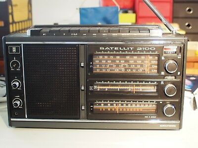 Grundig Satellit 2100 HF/VHF Receiver