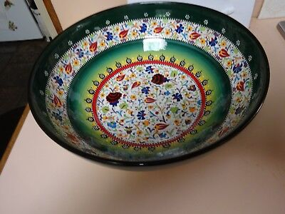 KUTAHYA pottery,TURKEY.Large hand made & hand painted bowl.Artist Segkin Gini.
